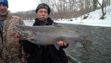 Steelhead fishing the Salmon River in Pulaski NY for steelhead trout from a heated drift boat