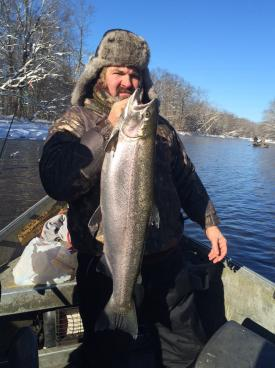 Heated drift boat fishing the salmon river in pulaski ny for steelhead trout